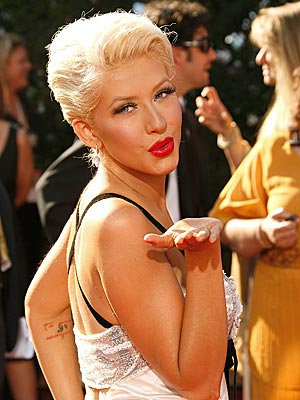 christina-aguilera-courtesy-people