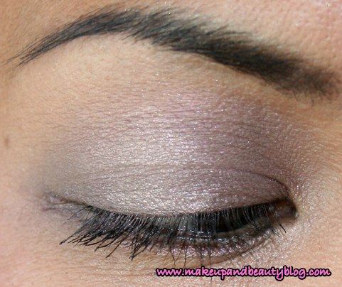 nixie-palette-eye-closeup-100807
