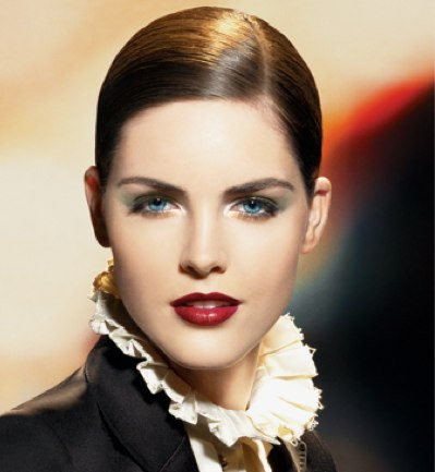 estee-lauder-signature-into-the-night-holiday-look