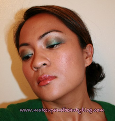 mac-cosmetics-parrot-eyeshadow-fotd-2
