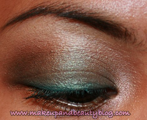 mac-cosmetics-parrot-eyeshadow-fotd-eye