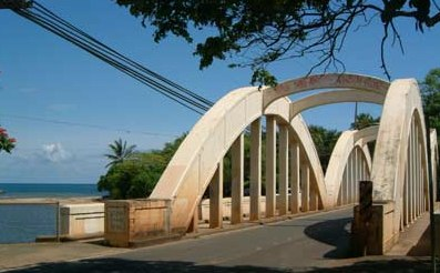 real-life-haleiwa-bridge.jpg
