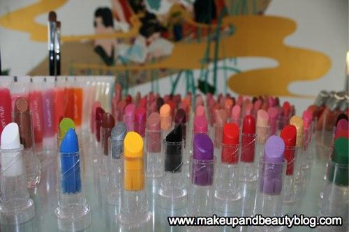 14-lipstick-closeup.jpg