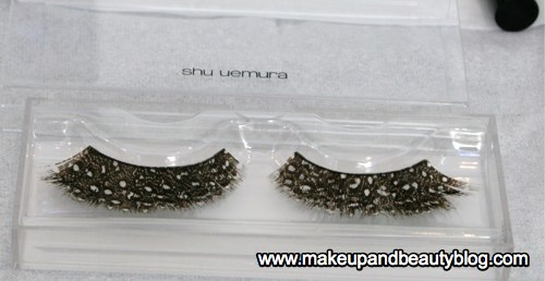 3-shu-uemura-brown-feather-false-eyelashes-closeup-in-box.jpg