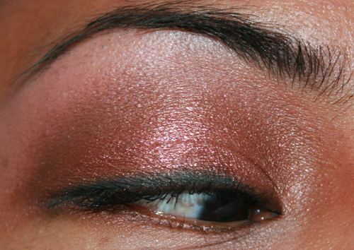 mac-cosmetics-fotd-043008-eye-3