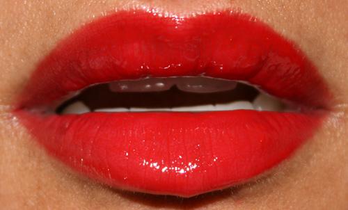 mac Cosmetics russian red lipglass