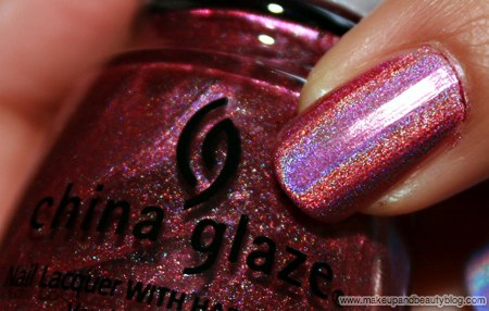 china-glaze-omg-text-in-colour-2bkewl-bff-638