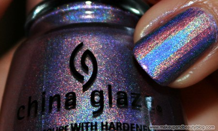 china-glaze-omg-text-in-colour-2bkewl-idk-639