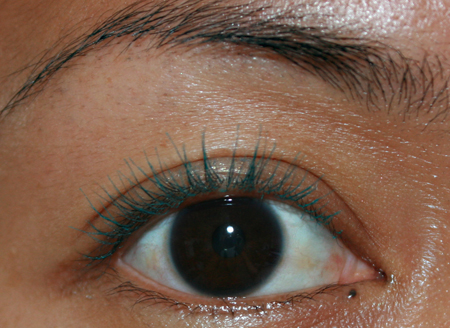 clarins-wonder-mint-02-mascara-two-layers