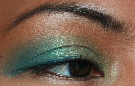 mac-cosmetics-parrot-fotd-sprout-eye-5