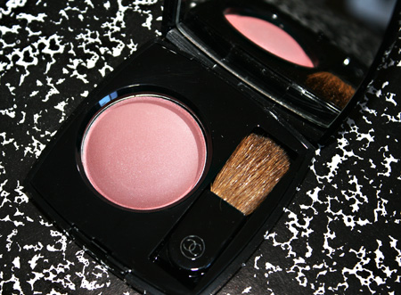 chanel-jouse-contraste-rose-dust