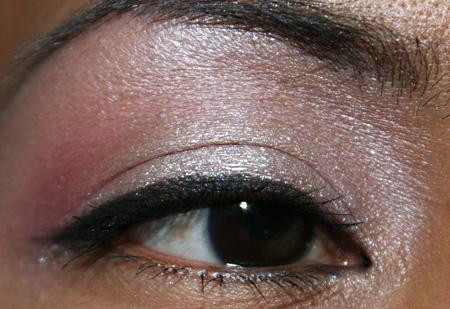 mac-cosmetics-medallion-silverwear-trophy-pink-fotd-eye-4