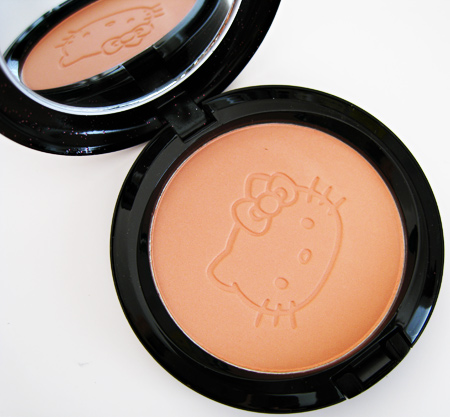 MAC Hello Kitty pictures