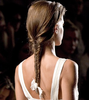 How To Braid Hair For a Date