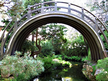 japanese-tea-garden-bridge