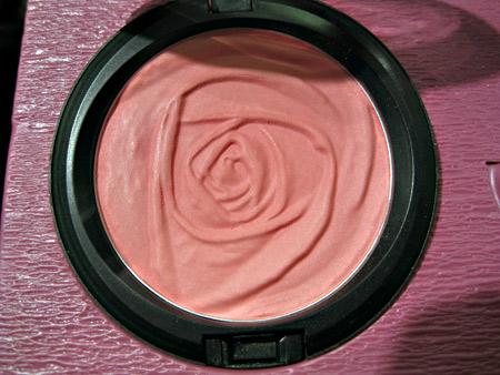 mac rose romance blush of youth