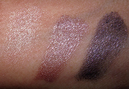 smashbox-untamed-swatches-liner