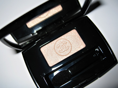 chanel les naturels de chanel swatches soft touch eyeshadow lotus
