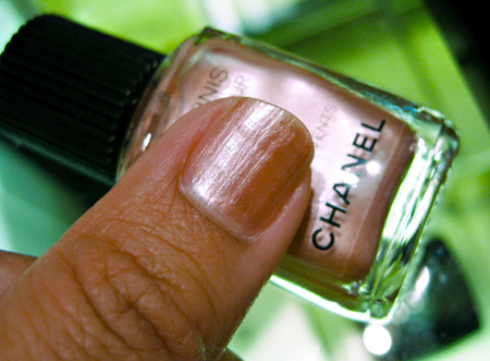 chanel rose des vents swatch