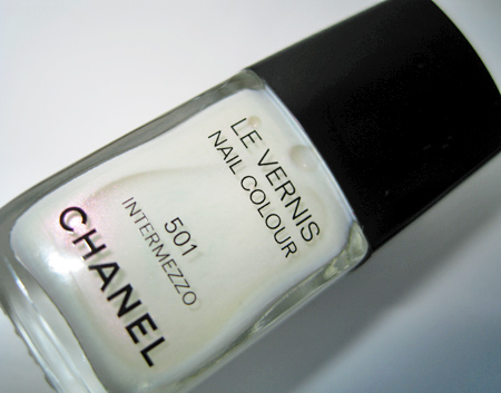 chanel venice fall 2009 501 intermezzo le vernis nail colour bottle