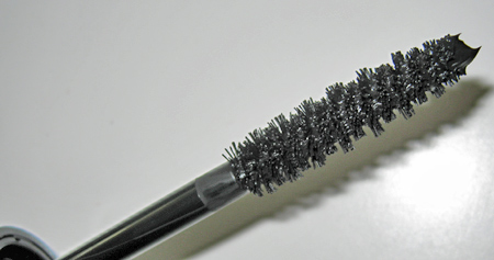 illamasqua reviews volume mascara wand