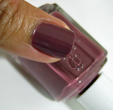 Essie Fall 2009 swatches Angora Cardi
