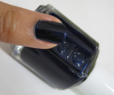 Essie Fall 2009 swatches Midnight Cami