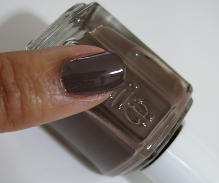 Essie Fall 2009 swatches Mink Muffs