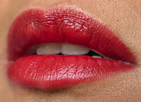 mac-in-high-def-resolutely-red-lips
