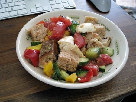 tomato-and-mozarella-salad
