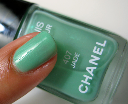 chanel jade swatch