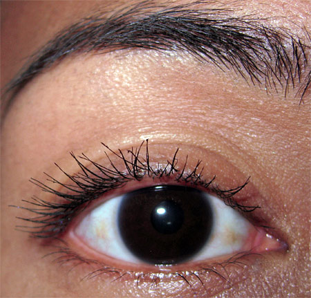 clarins wonder perfect mascara review  one layer