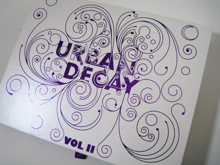 urban-decay-book-of-shadows-volume-2