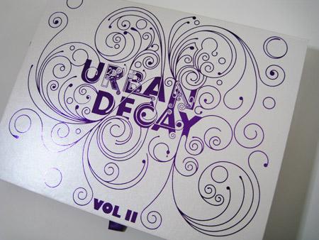 urban-decay-book-of-shadows-volume-2
