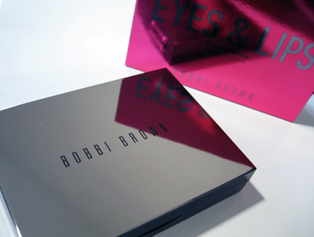 Bobbi Brown Chrome Palette Swatches Review closed