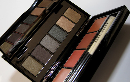Bobbi Brown Holiday 2009 Earth Metal Lip and Eye Palette