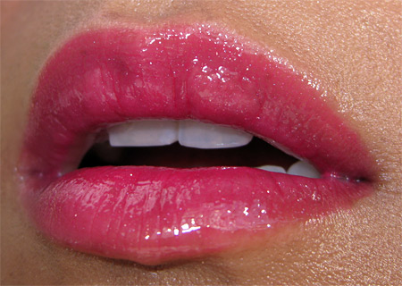 mac-holiday-2009-lip-look