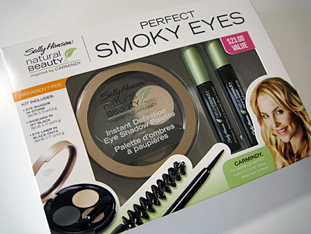 Sally Hansen Natural Beauty Perfect Smokey Eyes box