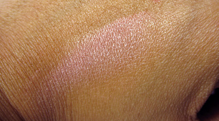 benefit-sugarbomb-swatch