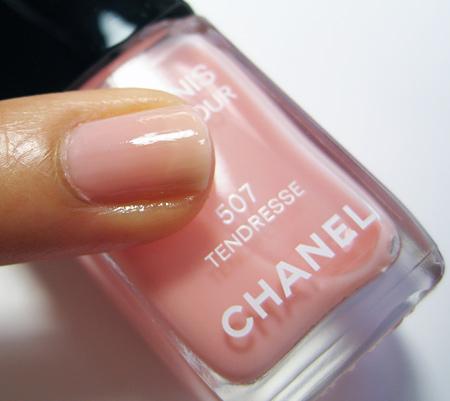 Chanel Particuliere Tendresse Les Impressions de Chanel Spring 2010  1