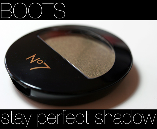 boots stay perfect shadow review