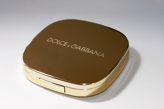 Dolce & Gabbana Sicilian Lace Fall 2010 swatches review nude quad