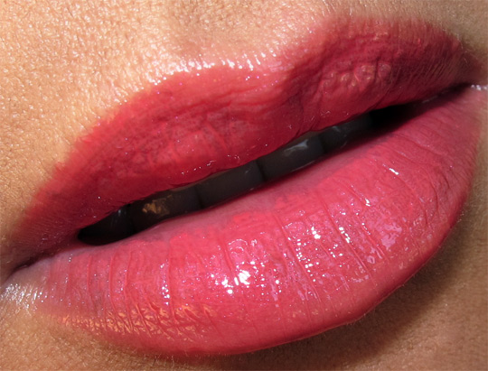 mac viva glam cyndi swatch