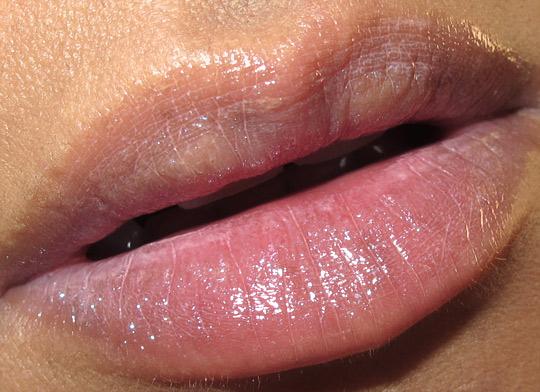 benefit prrrowl review benefit prowl review swatches photos lip closeup
