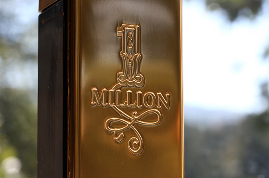 paco rabanne 1 million closeup