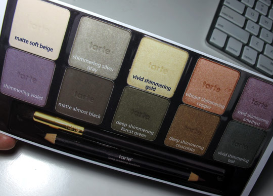 tarte ten palette swatches review eyeshadow guide