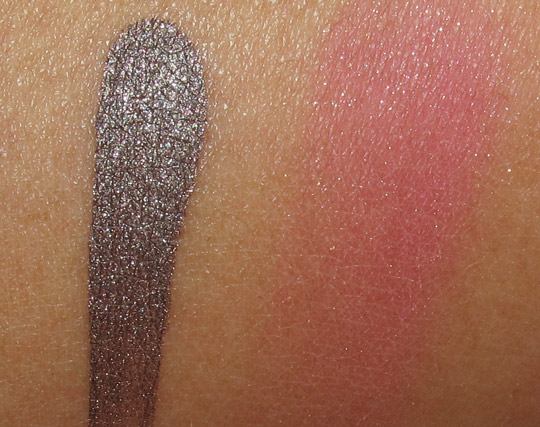 chanel les tentations de chanel holiday 2010 makeup swatches review photos collection ombre dea splash tweed fuchsia arm swatch