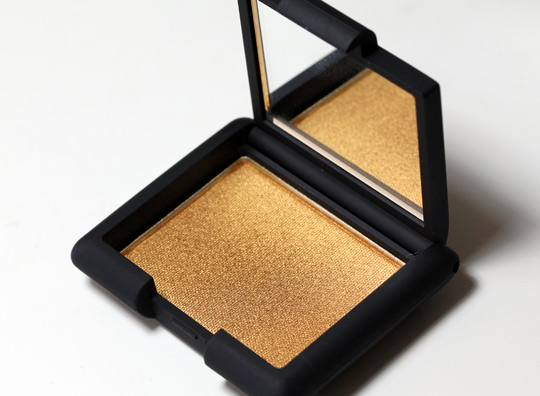 nars holiday 2010 swatches review photos etrusque single eyeshadow product shot