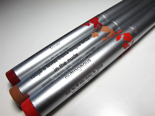 stila long wear lip color swatches review
