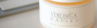 Veronica Malibu Seaweed & Pineapple Body Scrub